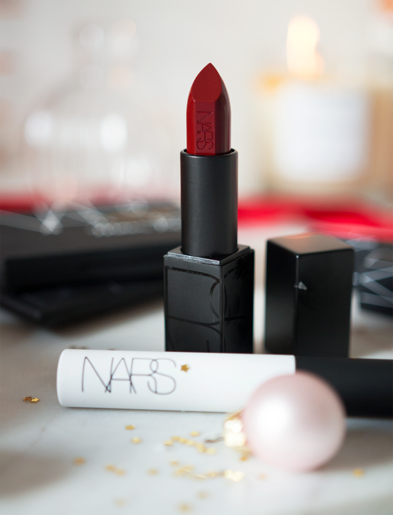 nars audacious lipstick in charlotte nars smudge proof eyeshadow base primer