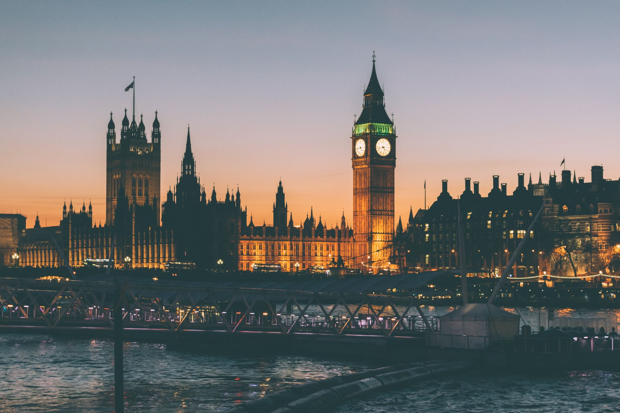 Fun things to do in london gemma louise this is a huge city so get yourself an oyster card and be prepared to go find some really fun things to do here it is just waiting for you to explore it solutioingenieria Images