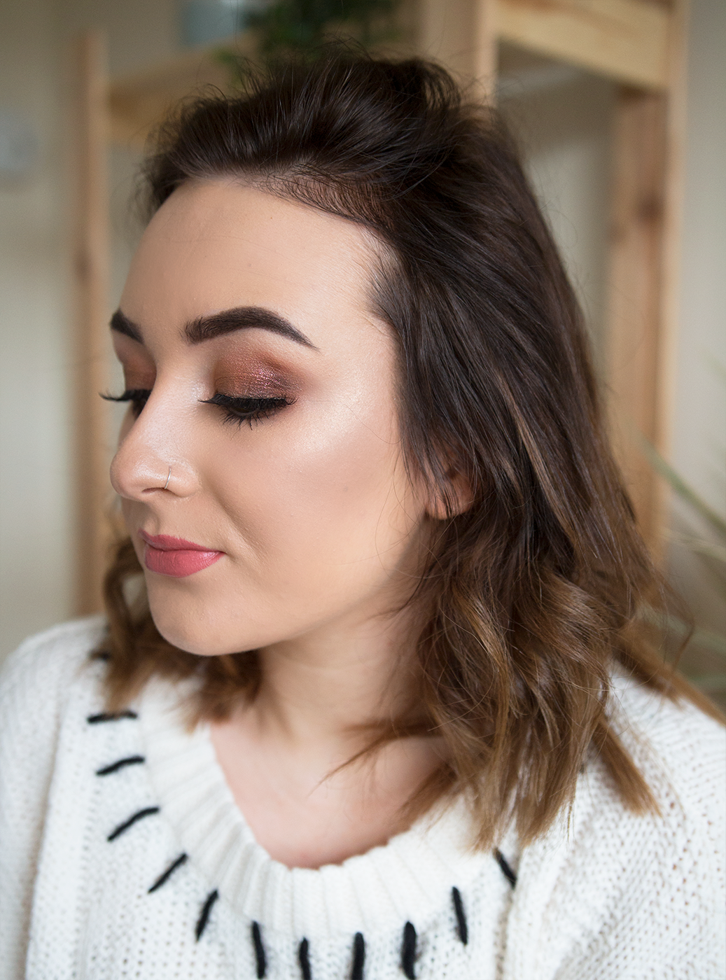 makeup look nars wanted palette it cosmetics cc cream too faced candlelight glow highlight