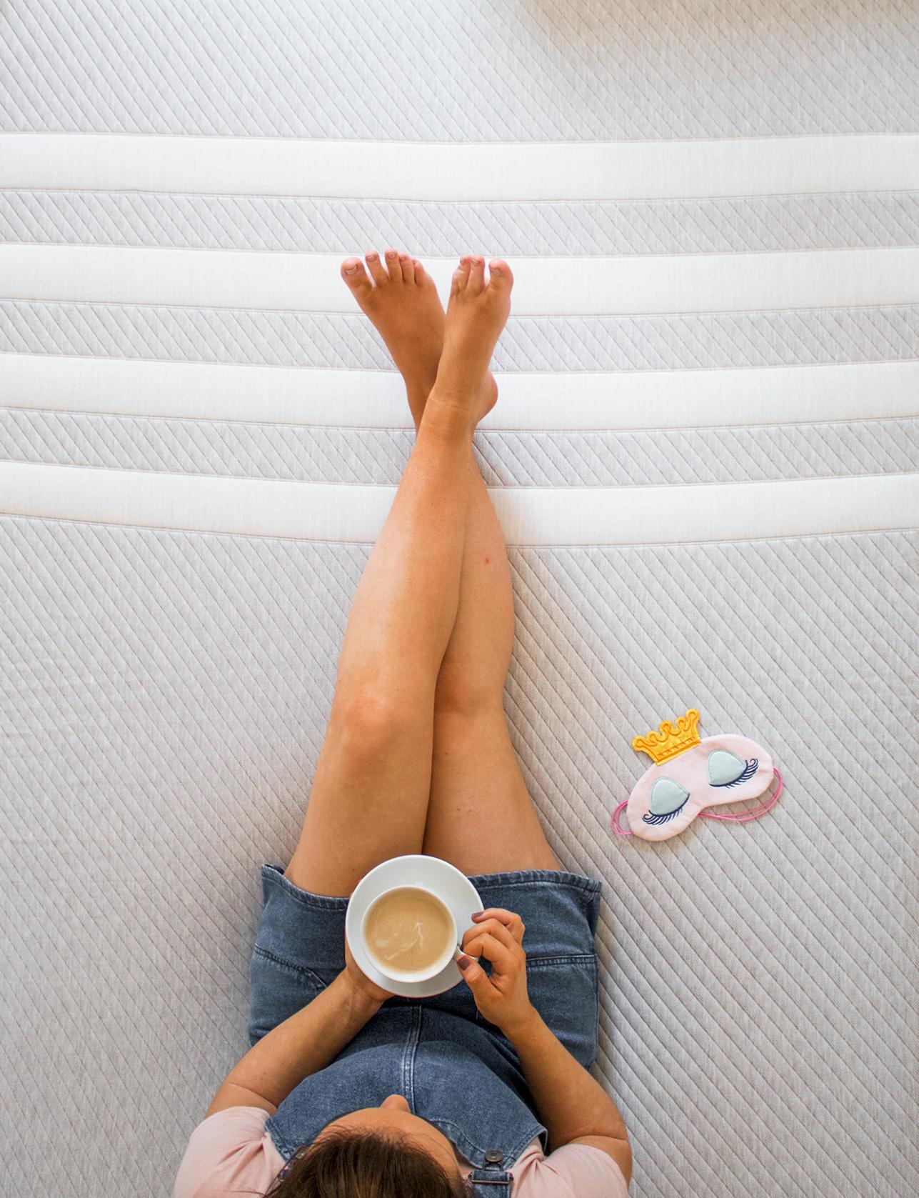 leesa mattress review how to get a good nights sleep sleeping tips